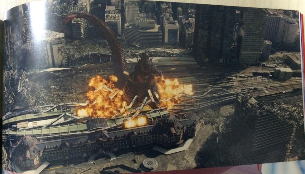 東京駅破壊