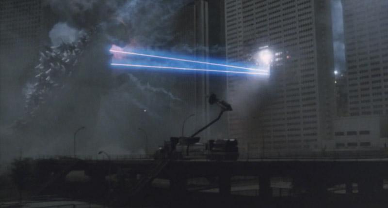 下2つの画像はのシーンは次作VSビオランテ冒頭にも使われています。