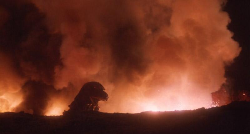 三原山火口に落ちるゴジラ1